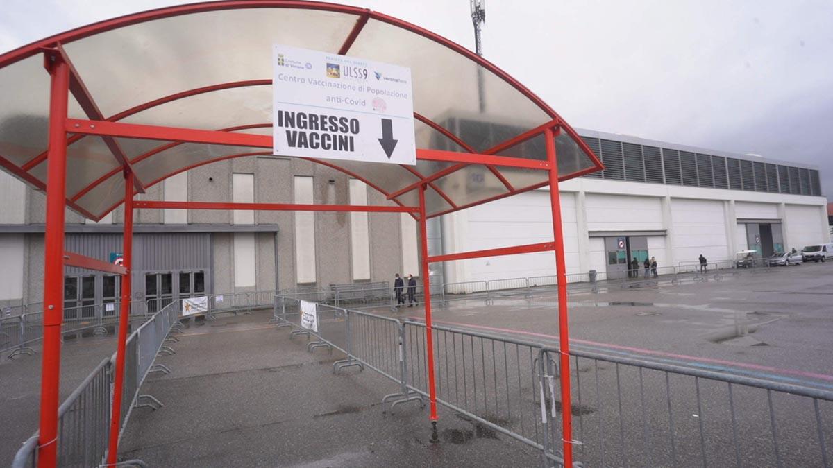 Fiera di Verona, il Centro di Vaccinazione Covid-19 dell'Ulss 9 Scaligera