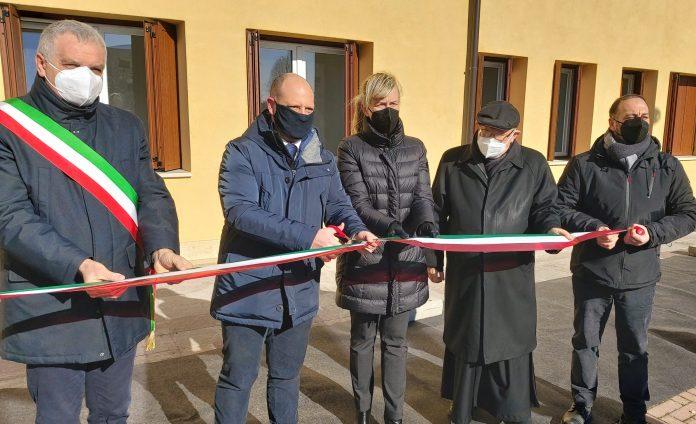 Taglio del nastro del nuovo fabbricato di Vigo di Legnago