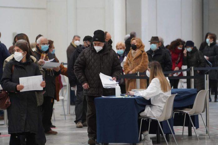 Vaccinazione vaccino Covid in Fiera a Verona