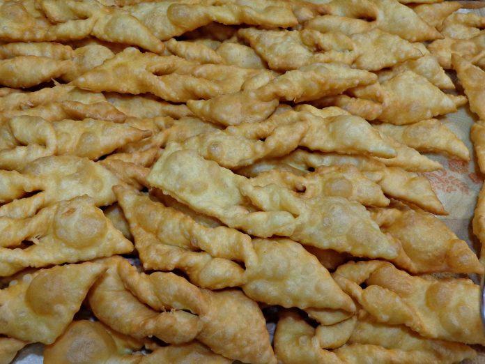 carnevale galani dolci frittelle