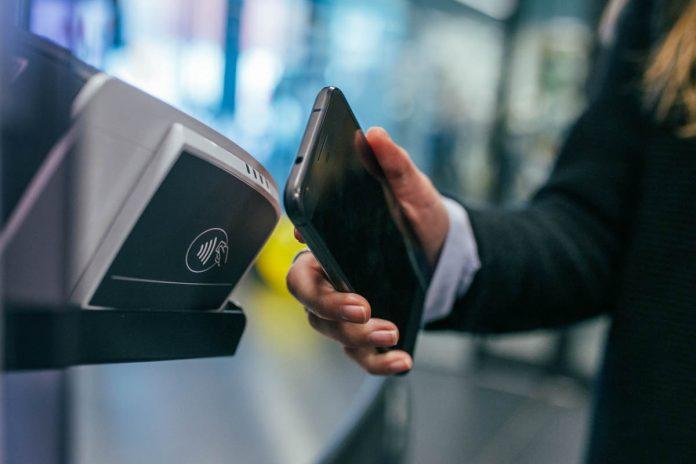 PagoPA pagamenti digitali, pagare con smartphone