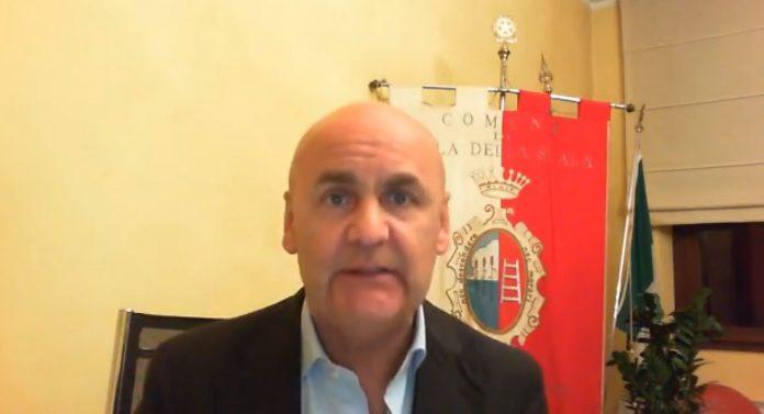 Stefano Canazza, sindaco - Vaccini a Isola della Scala Palariso