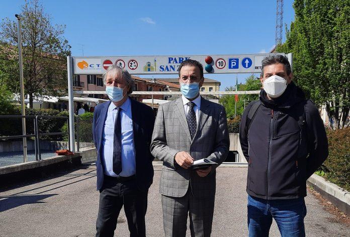 Da destra, il direttore Luciano Marchiori, il presidente di Amt Alessandro Rupiani, l'assessore alla Viabilità Luca Zanotto.