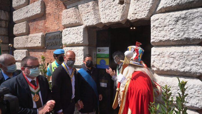 Inaugurazione targa Centro Maschere
