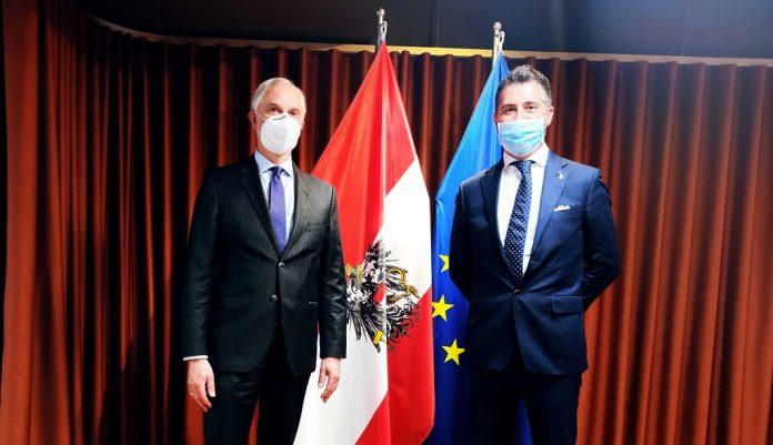 Gregor Schusterschitz e Paolo Borchia.