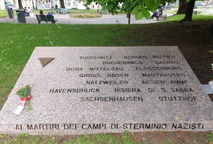 lapide piazza bra vittime campi di concentramento