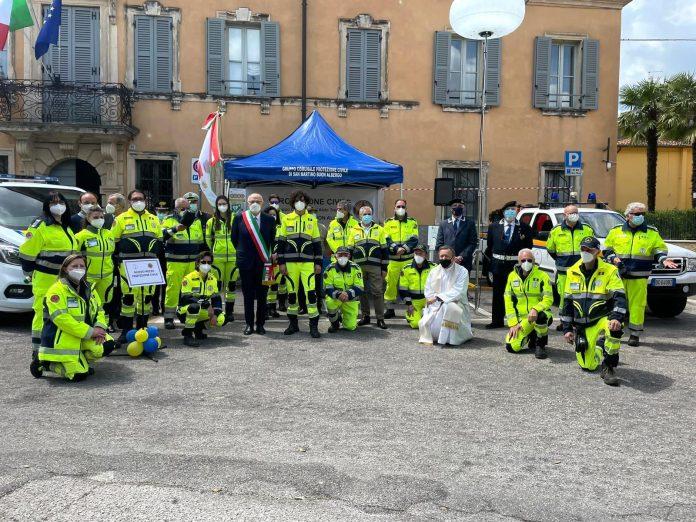 Un momento della presentazione del nuovo mezzo della protezione civile a San Martino Buon Albergo