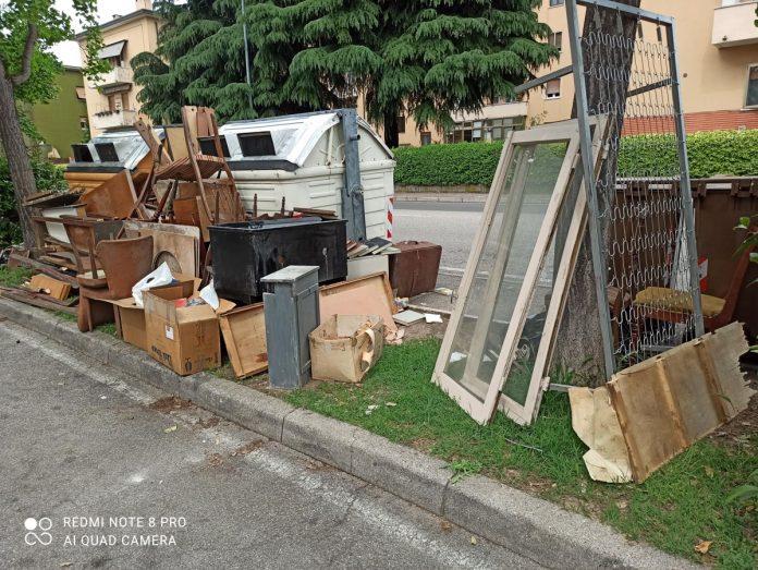 rifiuti ingombranti Verona multa