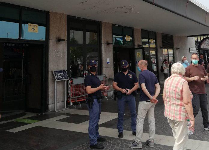 arresti domiciliari per rapina a studente minorenne in stazione Polizia Ferroviaria