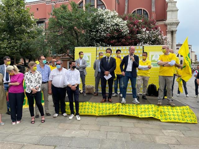 protesta coldiretti cinghiali venezia