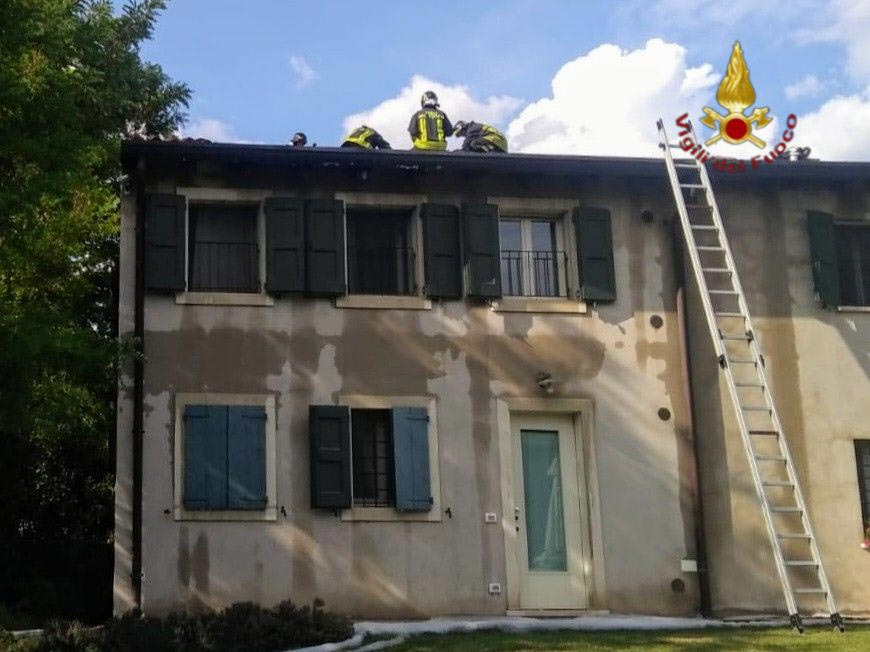 Incendio agriturismo Novaglie - Vigili del Fuoco